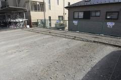 6.駐車場の右奥No29~No32までが当クリニックの駐車場です